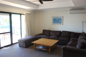 3 bed living 1.1